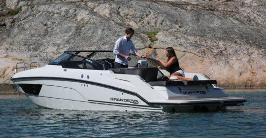 Grandezza 25 S båt