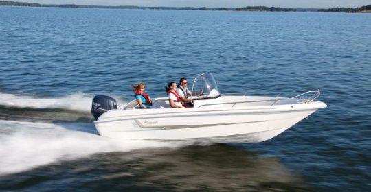 Yamarin 61 CC båt