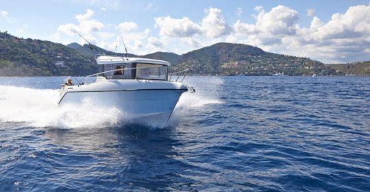 Arvor 810 båt