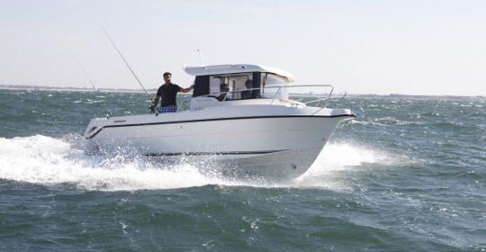 Arvor 730 Pilot båt