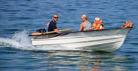 HR 445 STD båt