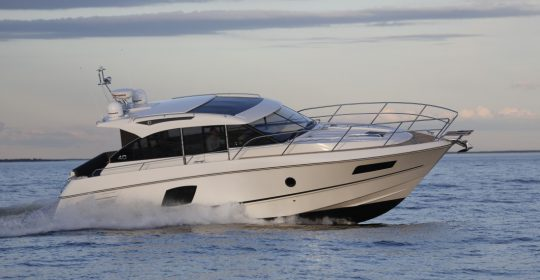 Grandezza 40 OC båt