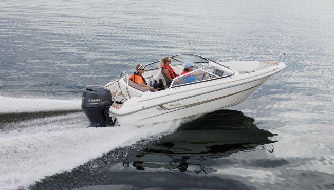 Yamarin 56BR båt