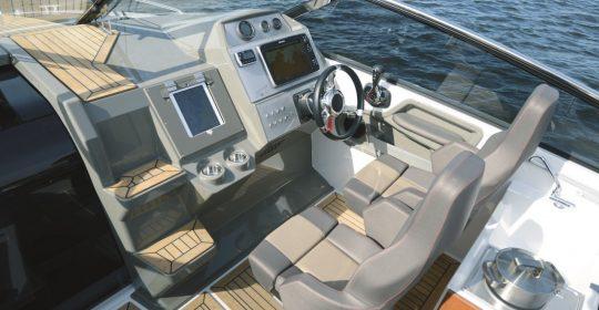 Finnmaster T8 båt